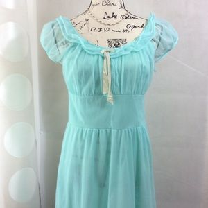 Vintage Mint Green Night Gown FLAWED Project Piece